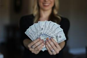 10 thứ mà các tỉ phú nói không hoặc chi ít tiền cho chúng